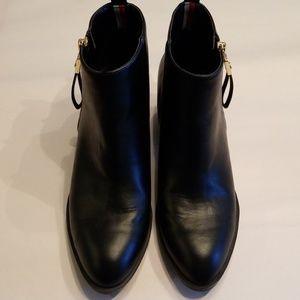 Tommy Hilfiger Black Ankle Boots sz 7.5